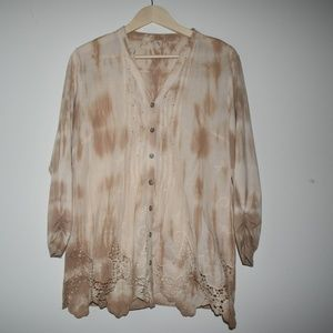 Muted tie dye button down shirt cream and tan